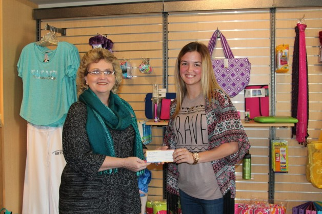 Ag Student wins College Bookstore Survey and is Inducted into PTK