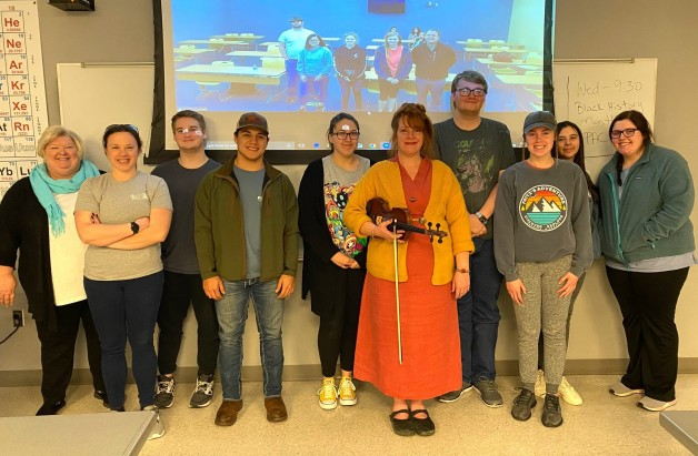 Rachel Reynolds Guest Lectures on Arkansas History in Paragould