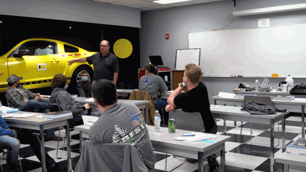 BRTC's Auto Collision Class Welcome a Guest Speaker