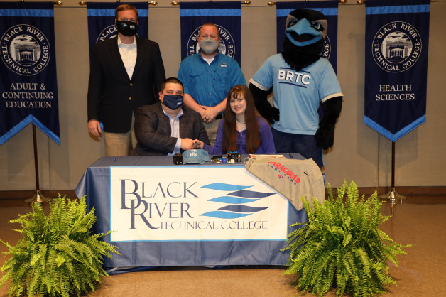 Baylee Gonser Signs with BRTC